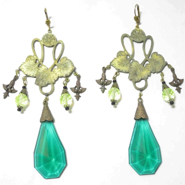 1920 Green Grapes Earrings